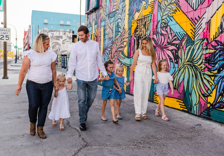 Family photoshoot dressed in white and blue