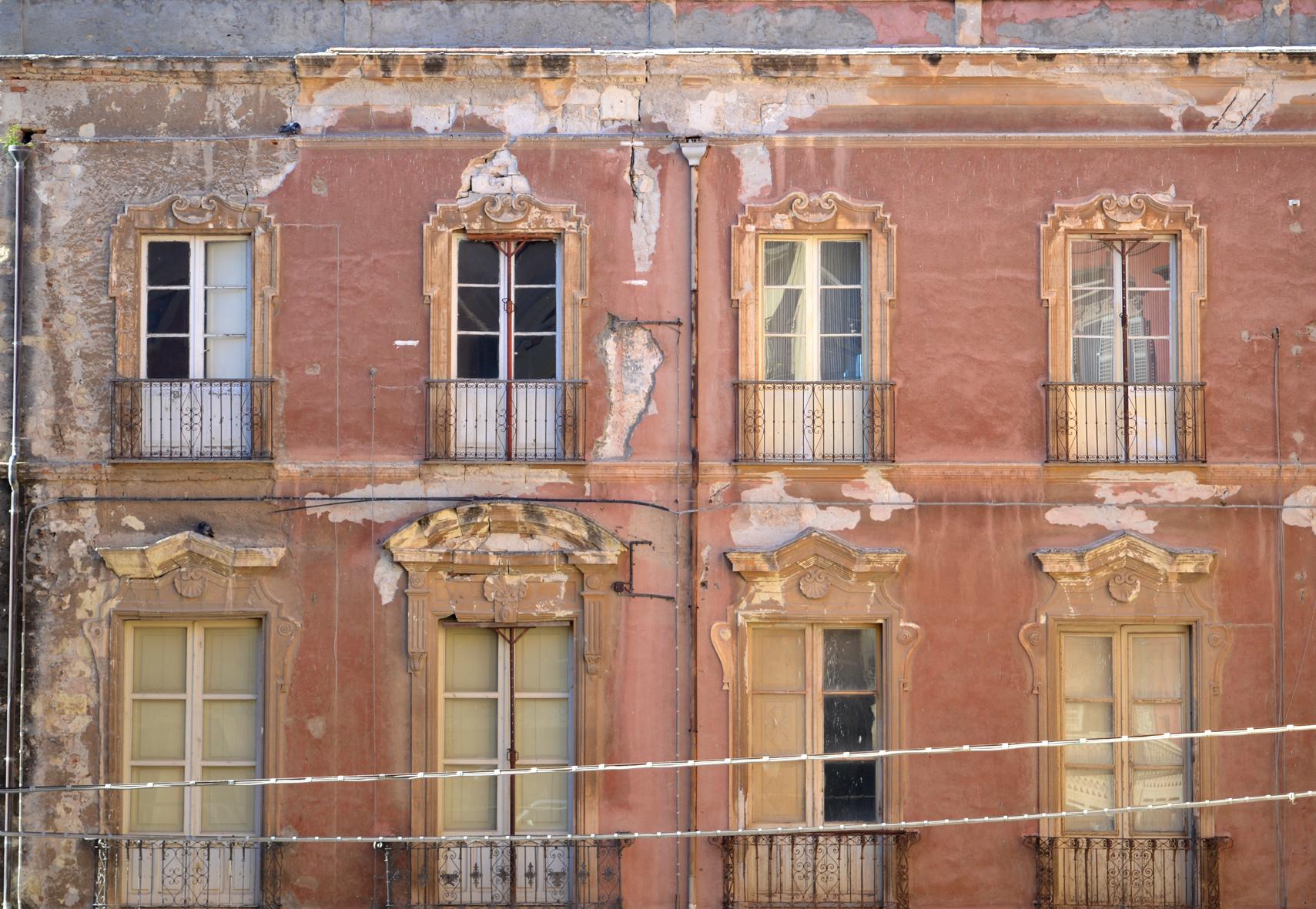 Absolute Beauty, Cagliari