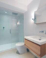 picturesque-design-simple-apartment-bath
