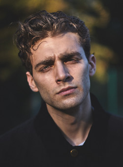 Eli, Supa Model Management