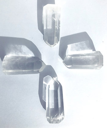 Lot de 4 cristaux de quartz
