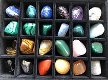 pierres-coffret_lithotherapie_CFTE