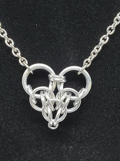 Chainmaille Love Pendant