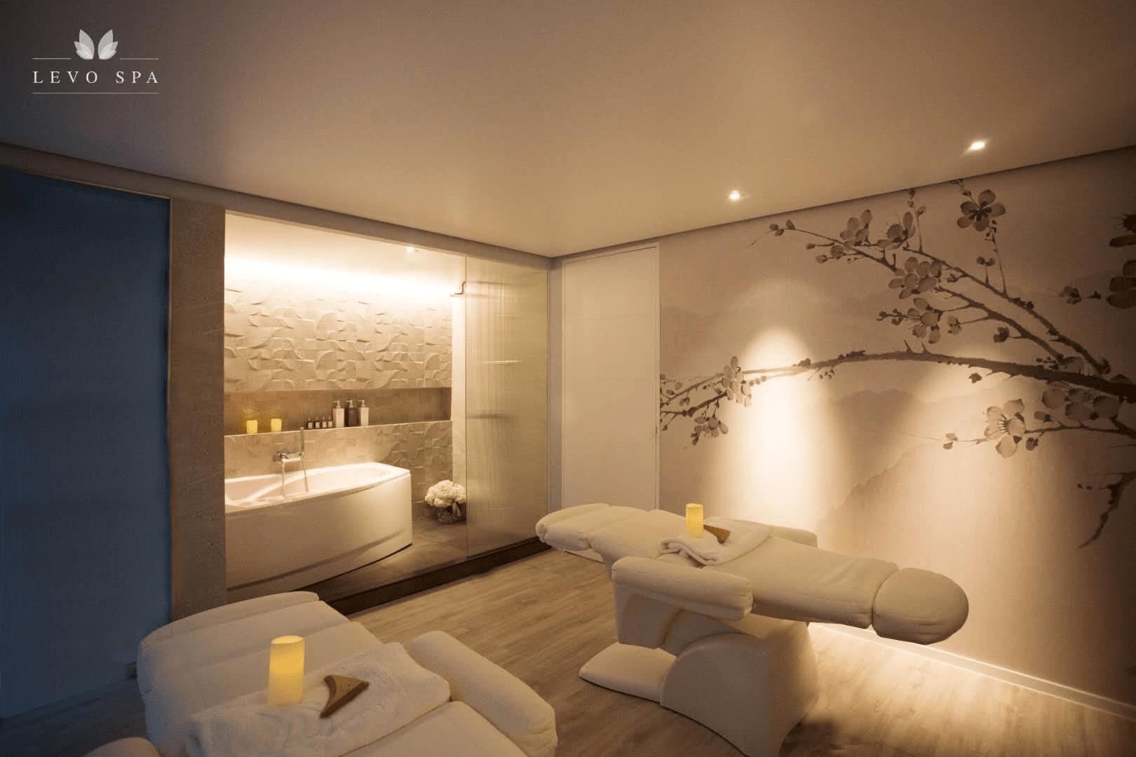 couples massage spa