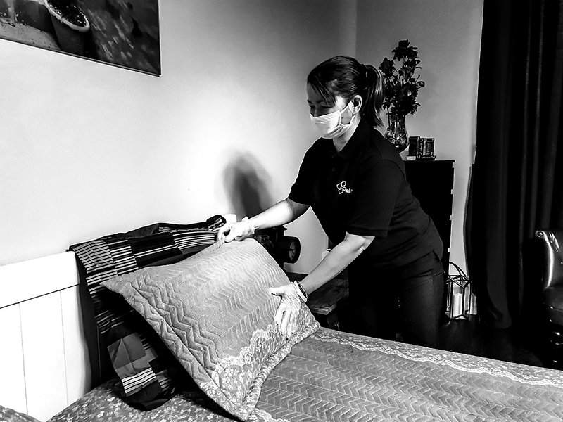 Maids in Dubai for home cleaning