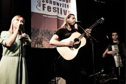 Performing with Simon Hansen at the Copenhagen Songwriters Festival 2016
