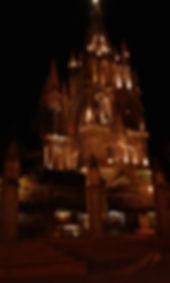 La Parroquia at night.jpg