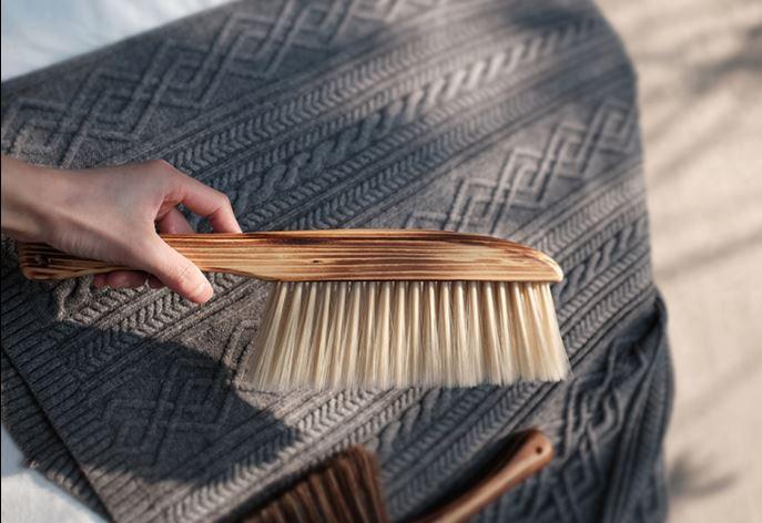 Islandoffer - Wooden Handle Soft Brush / Dusting Brush