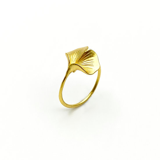 Ginkgo 18K Gold Ring​​​​​​​ - paper diamond®