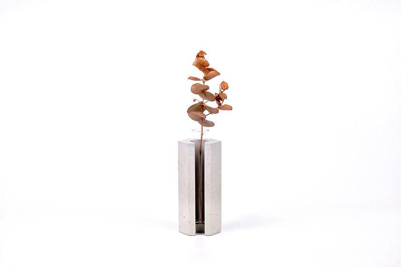 concrete vase - hexagon