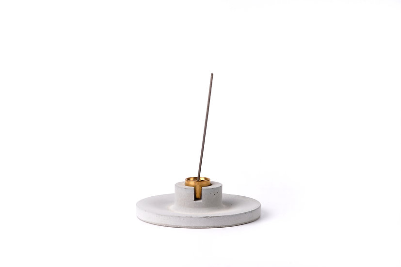 Concrete incense stick holder with brass (disc) - grey