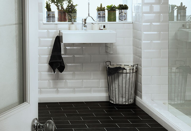 4515 Imperial black marble with ice grouting strips