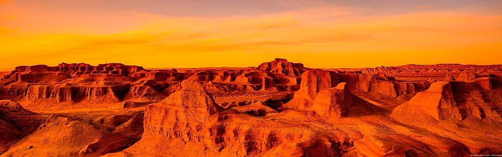 ゴビ砂漠の夕日@いいかべ珪藻土ブログ