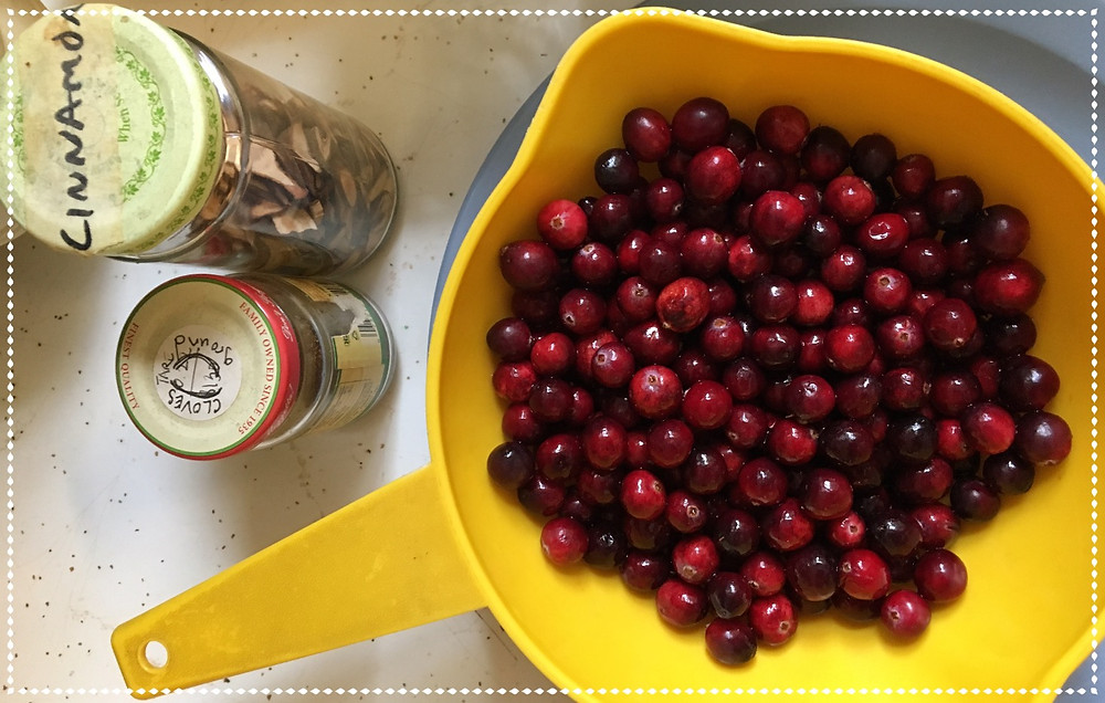 Cranberries, Cinnamon & Cloves