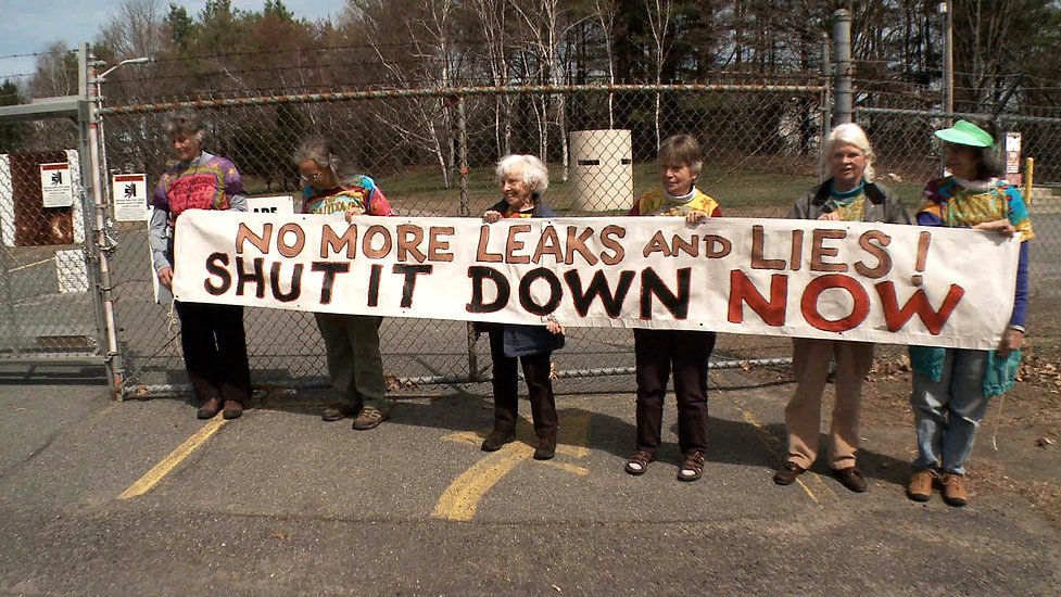 07-Grannies_protest_at_Vermont-Yankee-14