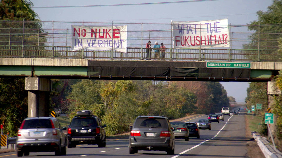 25-POWER-STRUGGLE-Vermont_Yankee_Protest