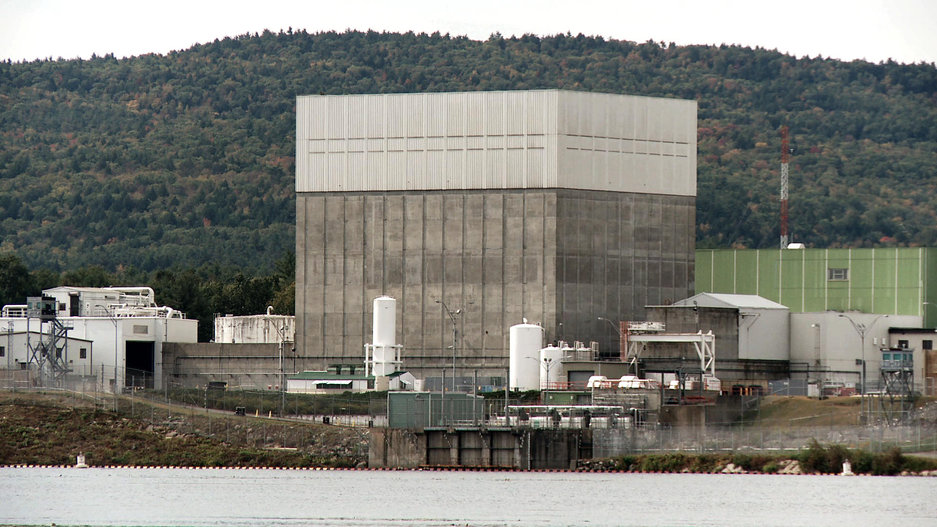 18-POWER_STRUGGLE-Vermont_Yankee_telepho