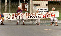 Grannies_protest_at_Vermont-Yankee-1.jpg