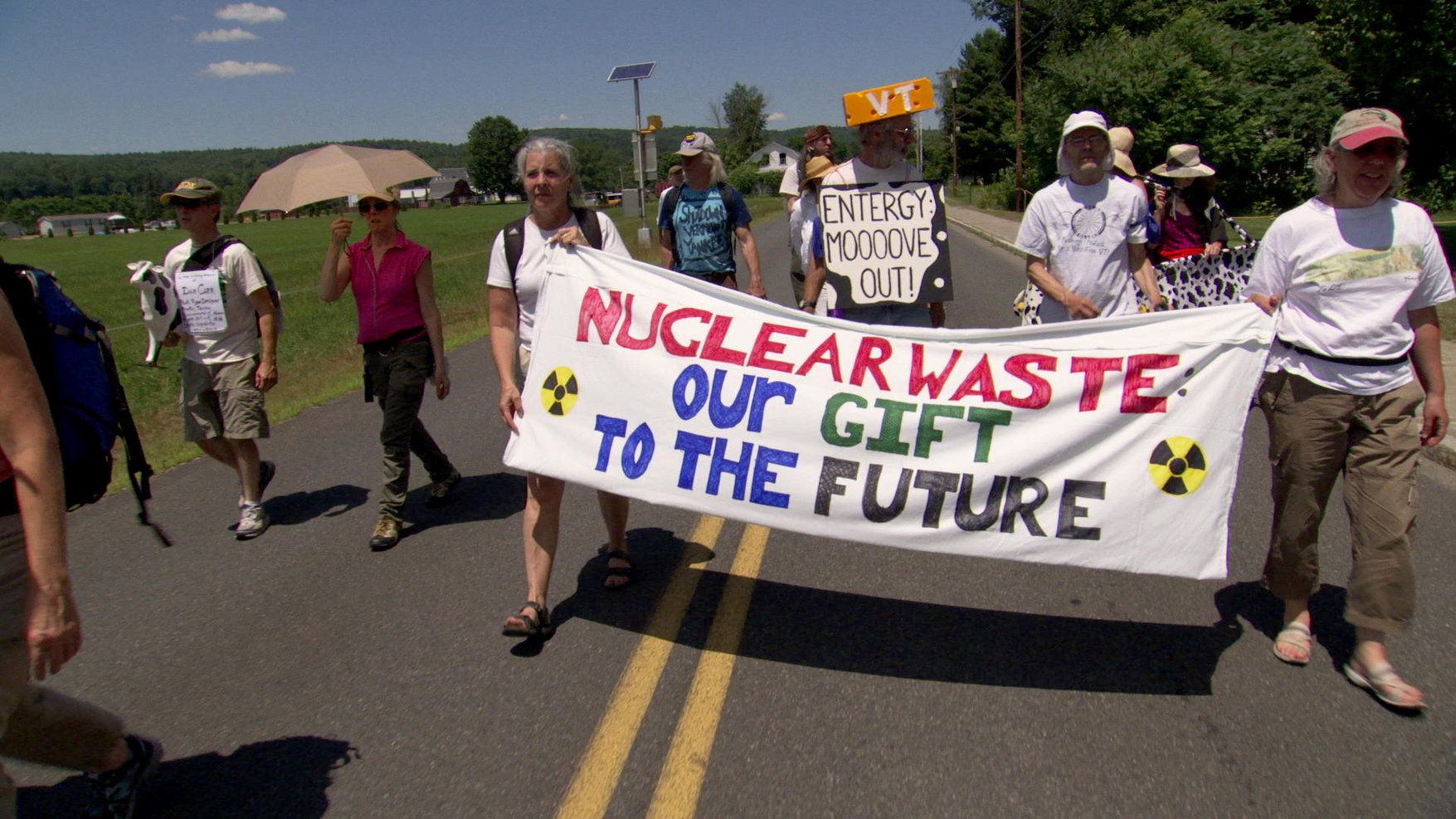 36-POWER_STRUGGLE-Nuclear-Waste-Gift-To-