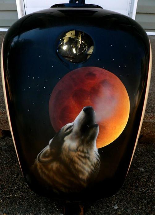 wolf-moon-tank.jpg