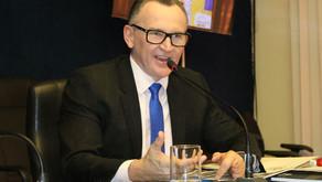 Majeski aciona TCE-ES contra aprovação das contas de Hartung
