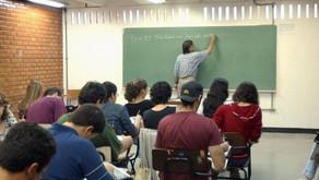 Proposta de Majeski que estabelece plano de carreira e maior salário para professores avança na Ales