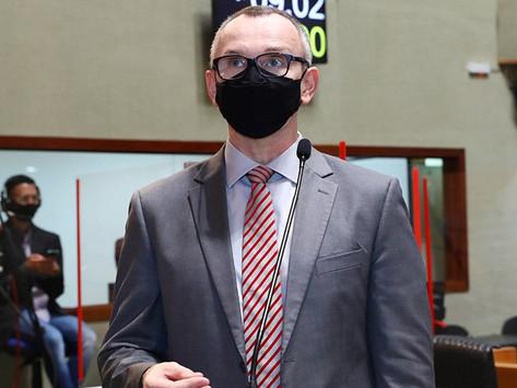 Sedu e PGE têm que dar esclarecimentos em ação de Majeski sobre equiparação salarial do magistério