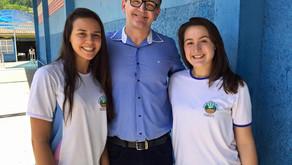 Escolas de Afonso Cláudio, Domingos Martins e Serra recebem visita do deputado Sergio Majeski