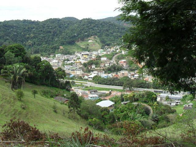 Segundo o Atlas da Mata Atlântica do Estado, Marechal Floriano é o município com maior percentual de cobertura florestal, com 45,49% de seu território.