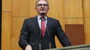 Majeski questiona acordo entre Estado e organização Ensina Brasil