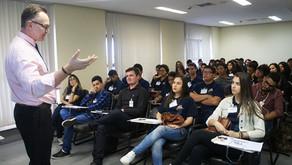 Deputado Jovem: estudantes participam de treinamento
