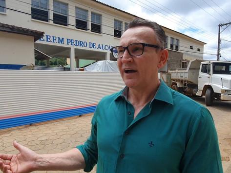 Indicações de Majeski orientam ações em Dores do Rio Preto e Guarapari