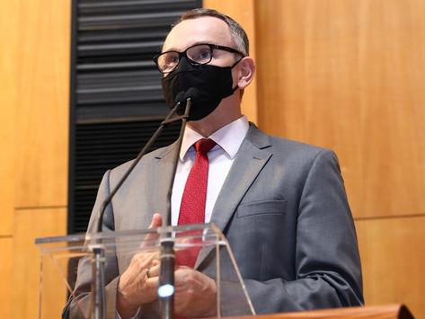 Parecer do MP de Contas respalda PEC de Majeski para Estado devolver R$ 6,1 bilhões à educação