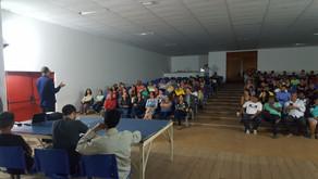 Majeski participa de reunião sobre implementação da Escola Viva em Cariacica