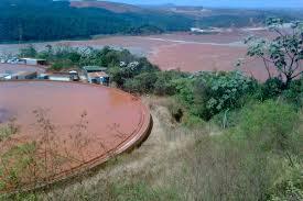 Rompimento da barragem de Mariana / Revista Comunhão