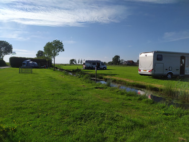 camper plaats Tjeukemeer .jpg