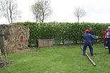 Hooivork darten boerderij activiteit Friesland
