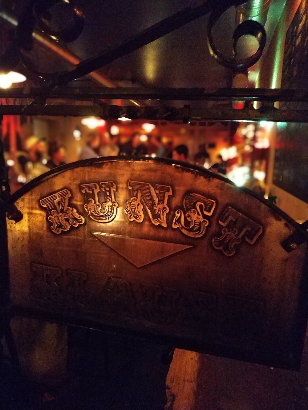 bar Fitcher's Vogel