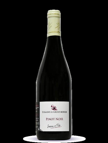 pinot-noir-detoure.png