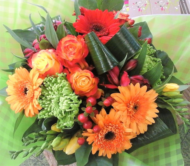 BOUQUET ROND PAR MASSE TON ORANGE