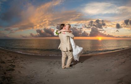 Tween Waters Inn Sunset Wedding Photographer