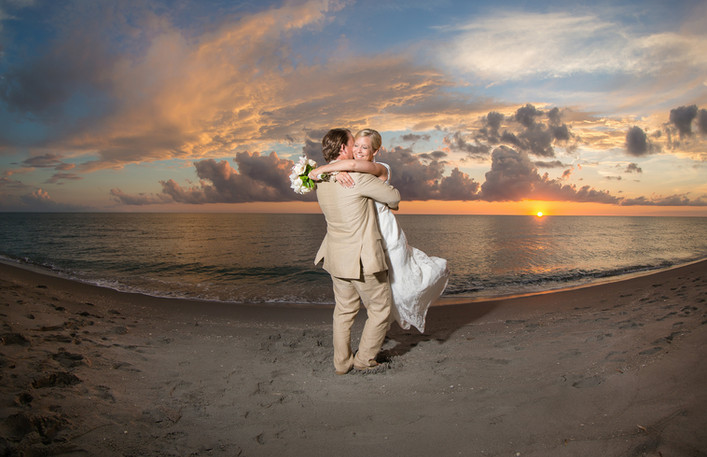 Tween Waters Inn Sunset Wedding Photographer