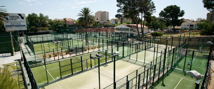 Palma Racket 1.jpg