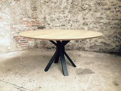 Table ronde en bois