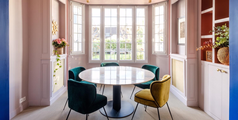 Table ronde en marbre blanc de carrare