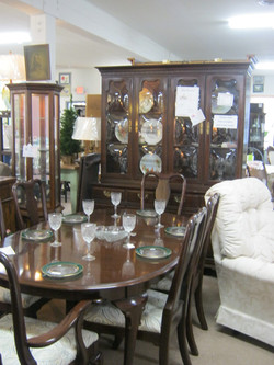Ethan Allen Georgian Dining Set