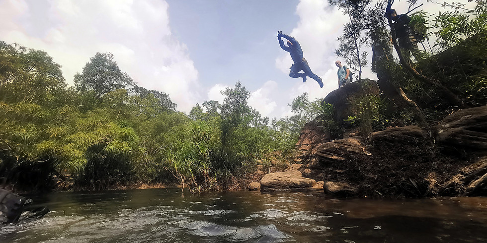 C4 RECON Ô Sla River Descent