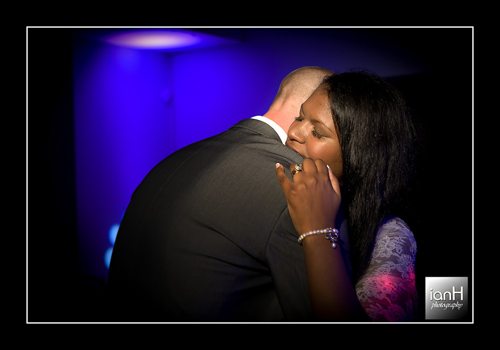 bournemouth-wedding-photographer-image-of-the-week-30-the-first-dance