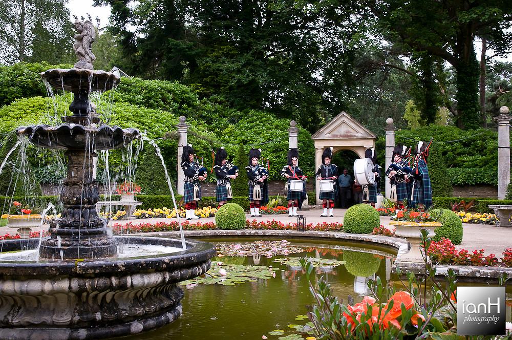 poole-wedding-of-emma-jayne-and-rob-compton-acres-italian-villa
