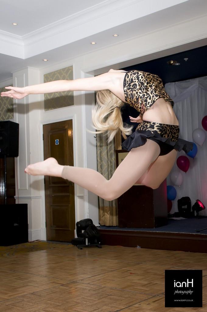 Dorset_event_photographer_dancer_at_Marriott_Highcliffe